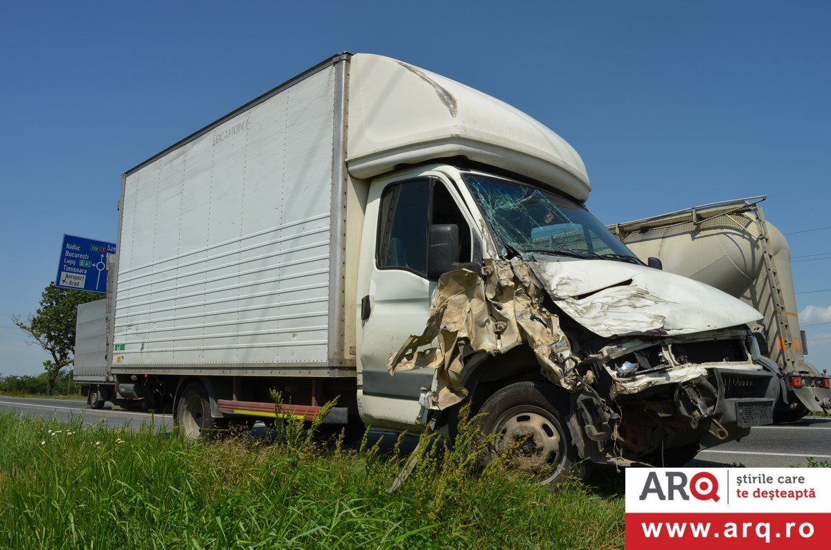 Accident grav la ieșirea din Arad spre Pecica