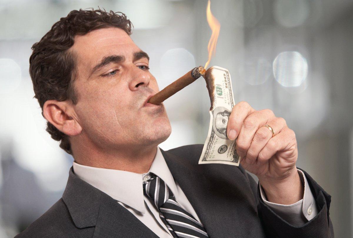 site- ul cu un om bogat