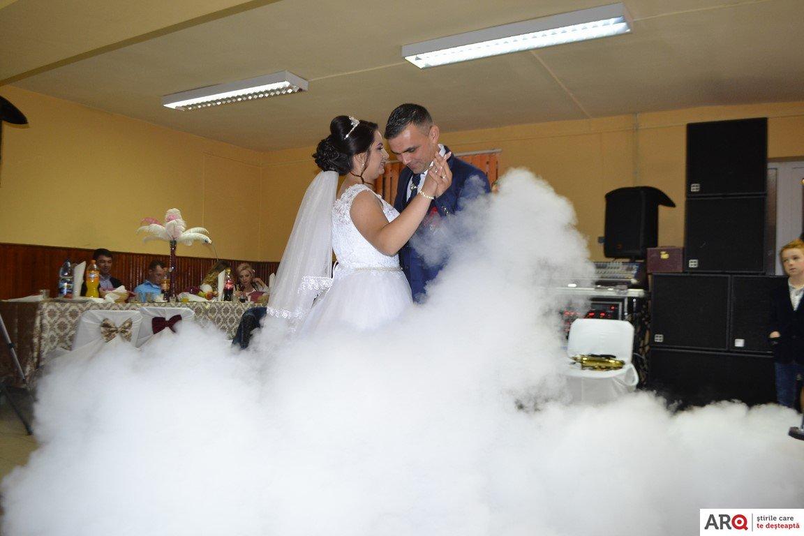 Nuntă La Hășmaș Cu Obiceiuri Vechi și Frumoase Jud Arad