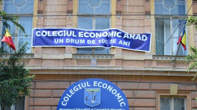 COLEGIUL ECONOMIC ARAD - UN DRUM DE 100 DE ANI